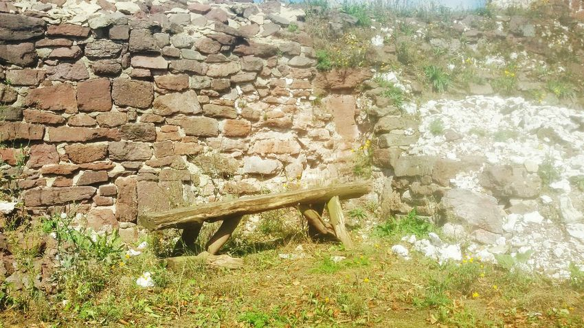 A place to relax and enjoy the view. Relaxing Old Bench Nature Tadaa Community Nature On Your Doorstep Taking Photos From My Point Of View Take A Break Old Castle Old Buildings