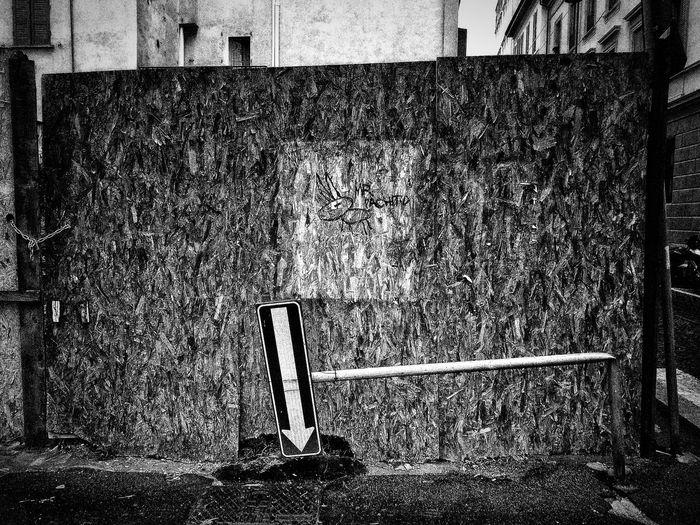 Via Zecca Vecchia, Milano, Ottobre 2018 Blackandwhite Urban City Street Streetphotography Sign Built Structure