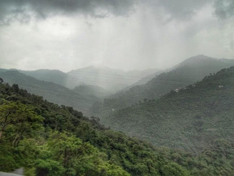 Mother Nature Fog Mountain Weather No People Outdoors Beauty In Nature Cloud - Sky Hights Nature_collection Road Trip Bike Ride Himachal Pradesh Nature Captured😍😍 Nature Photography Changing Weather