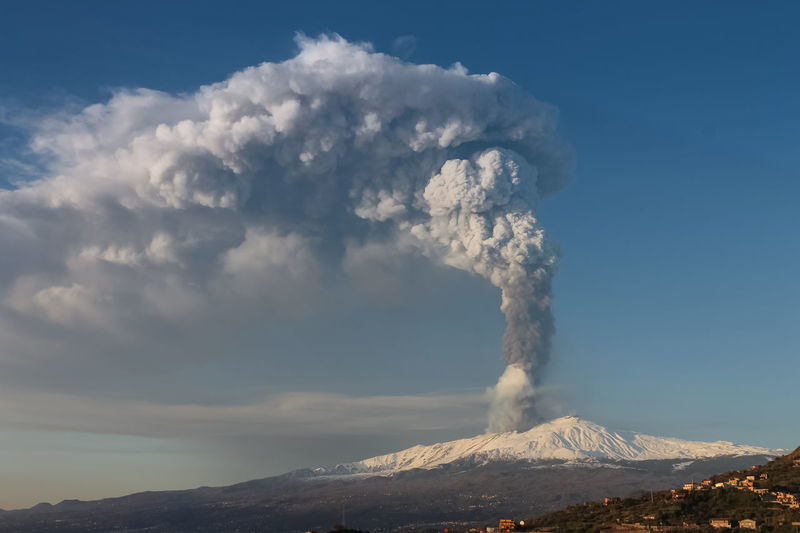 Catania Mountain Erupting Volcano Smoke - Physical Structure Geology Beauty In Nature Sky Active Volcano Non-urban Scene Power In Nature Scenics - Nature Power Environment Physical Geography Cloud - Sky Landscape No People Nature Emitting Land Volcanic Crater Outdoors Mountain Peak Pollution Snowcapped Mountain