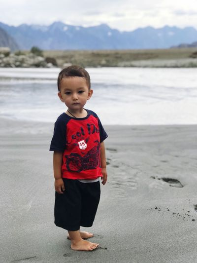 Walk on the beach Relaxing Moments Beach Water Peaceful View Modelling EyeEmNewHere Skardu Pakistan Cute Baby Stylish Baby EyeEm Best Shots EyeEm Gallery Child Nature Front View Water