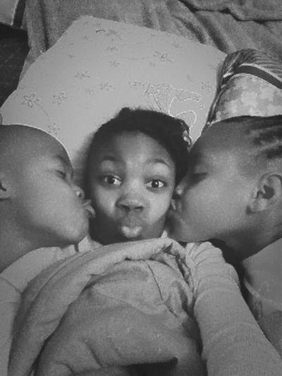 Kiss the cuz