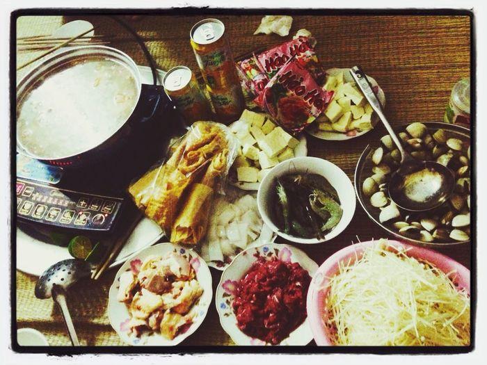 I Love Food! Eating :3