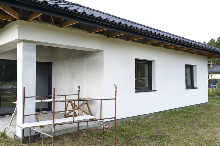 Exterior of house against sky