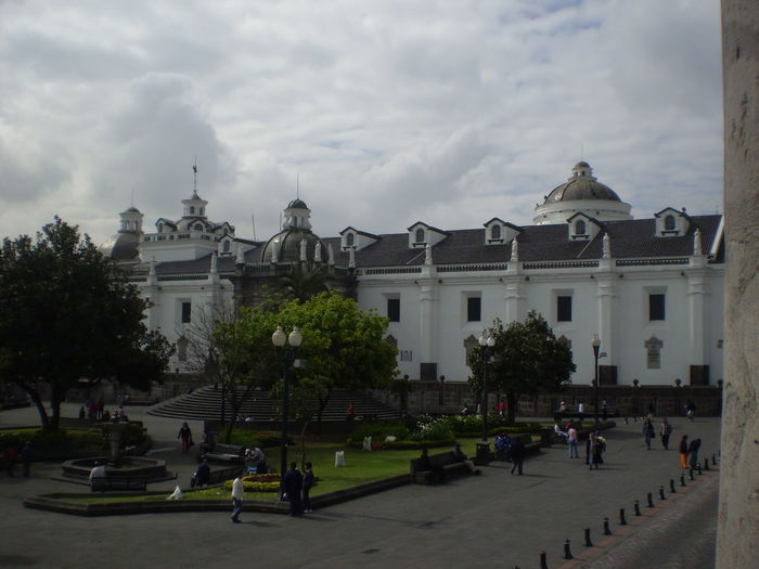 #arquitecture #City #clouds  #ecuador #Quito #TheTourist #Zocalo Historic