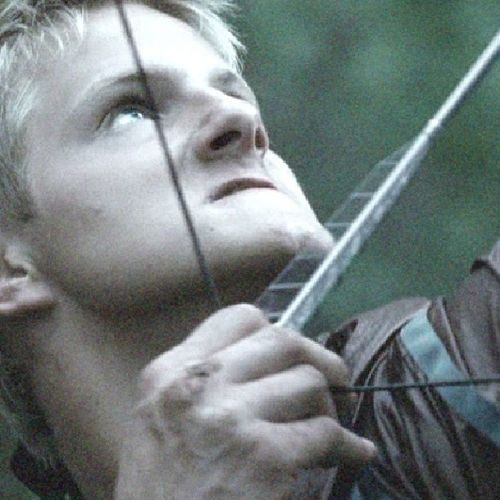 Remember? Cato was trying to kill Katniss :o Thehungergames Catohadley Alexanderludwig KatnissEverdeen movies