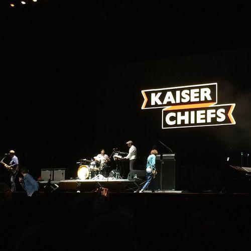 Kaiser Chiefs Concert Show