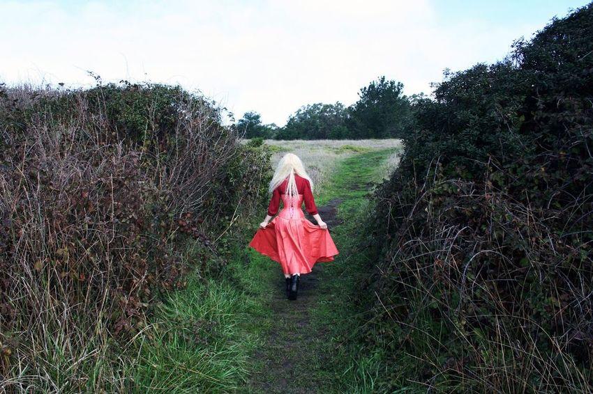 Organsinsleep Laurenluck Mothernature Film Analog Women Witch Gypsy California Goddess Neonlolita Colors Woman Supernatural 35mm Landscape