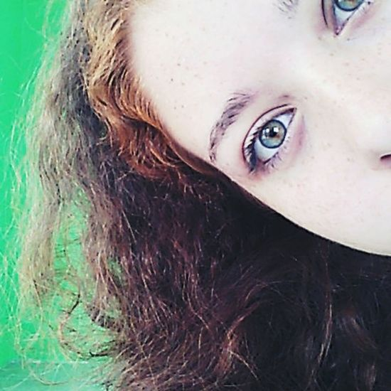 Ooh hi there! Green Eyes Messy Hair Shy Cukoo A Boo Boo! Can You See Me? Messing Around Selfie ✌ Thats Me  Face