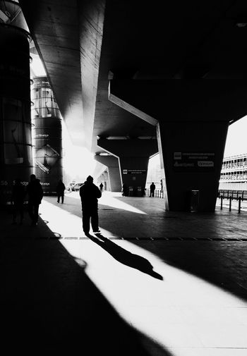 IPS2016Street Blackandwhite Mobilephotography IPhoneography Streetphotography IPS2016People Light And Shadow Street Photography Embrace Urban Life The City Light Welcome To Black