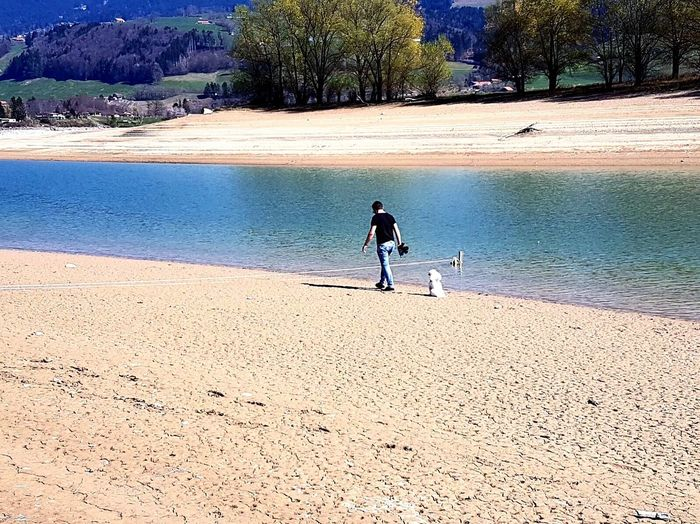 Long Goodbye Sand Water Its Me Humain Dog Lac Switzerland Fribourg Hot Day Sun Good Day Friends Nature Paysage Mountains