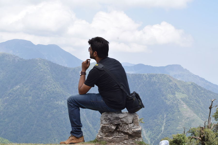 Spying the cliffs on the edge..haha.. TriundHill Mcleodganjdiaries Himachalpradesh India Feel The Journey