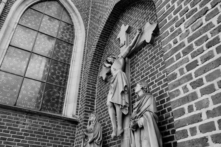 Blackandwhite Jesus Christ Hanging On The Wall Church EyeEm Best Shots Streetphotography Streetphoto_bw Like Check This Out Hello World Relaxing Taking Photos Enjoying Life Nikon D5200 Check This Out The World - My Hood