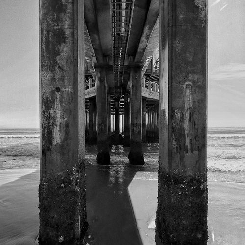 She said simplicity is best...or was it the second one? B &W Pier Moyopier Durban Thisisdurban Southafrica Beach Ocean Ilovedurban Beachlife Chilledday Intothevoid Clearskys Photooftheday Photography Amateurphotography Canon Canon100D Canon_official