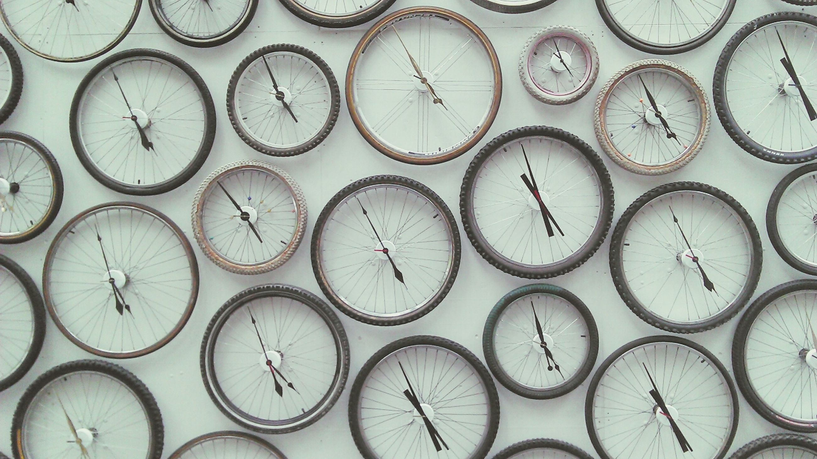 indoors, large group of objects, circle, abundance, pattern, full frame, backgrounds, high angle view, geometric shape, still life, design, repetition, arrangement, in a row, no people, shape, close-up, art and craft, variation, side by side