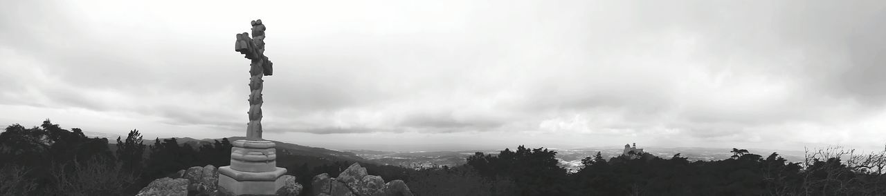 The Crossfit and Landscape Panoramic Photography Panoramic View Sky Rocks Eye4photography  Black & White Black And White EyeEm Gallery Scenic Lookout Enjoying The View
