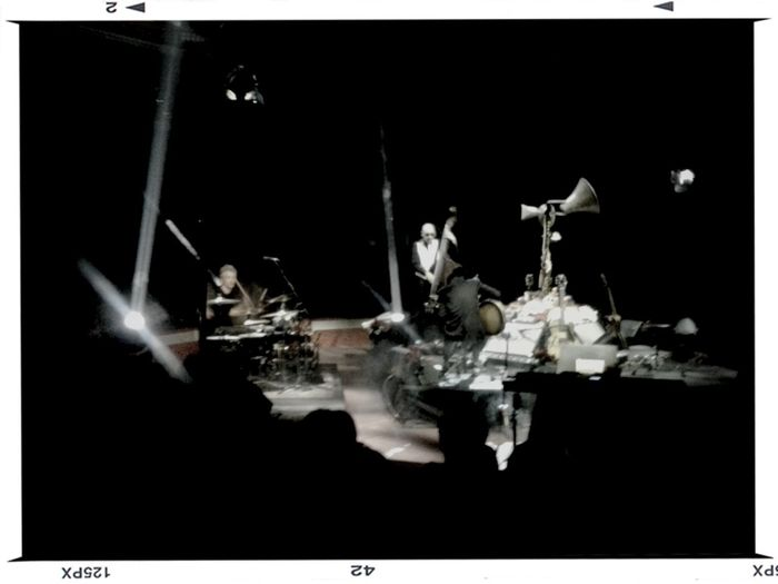dead combo + alexandre frazao Dead Combo On Stage