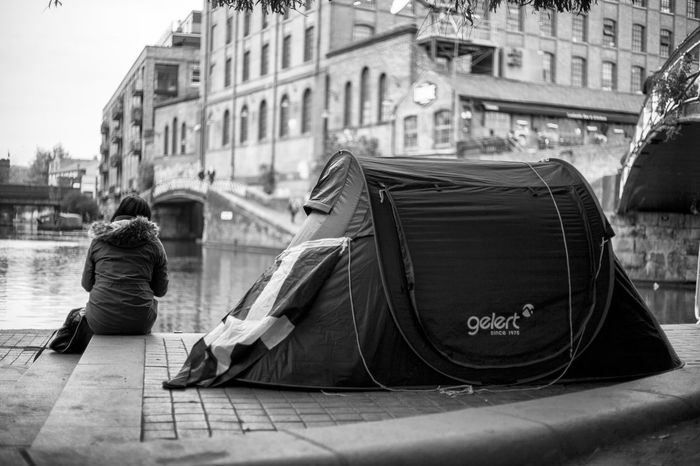 Camping in Camden Town... Wanderlust Waphaphotographer Globetrotter Viaggiare Travel Photography Nationalgeographic Lonelyplanet Travel Destinations Liveforadventure Phototraveller EyeEmNewHere Livefortravel Streetphotography London Canon Freedom Autumn England Camping