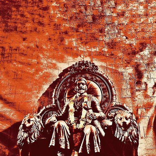 झनझविला भगव्याच्या समान तुम्ही, जागविले मरगळलेले मर्द मावळे तुम्ही, घडविले श्रीं चे स्वराज्य तुम्ही, ऐसे श्रीमंत योगी अखंड महाराष्ट्राचे कुलदैवत, श्री राजा शिवछत्रपती तुम्ही… !! जय महाराष्ट्र! Shivajimaharaj Chhatrapatishivaji Statue Timesartfestival Timesofindia Upvan Upvanlake Pixlr Edited Ig_maharashtra Ig_india Ig_worldclub _soi Repostingindia Maharashtra_ig Maharashtra Maratha Incredibleindiaofficial India Indianstories _indiasb Asus Zenfone Asusglobal Zenfoneglobal