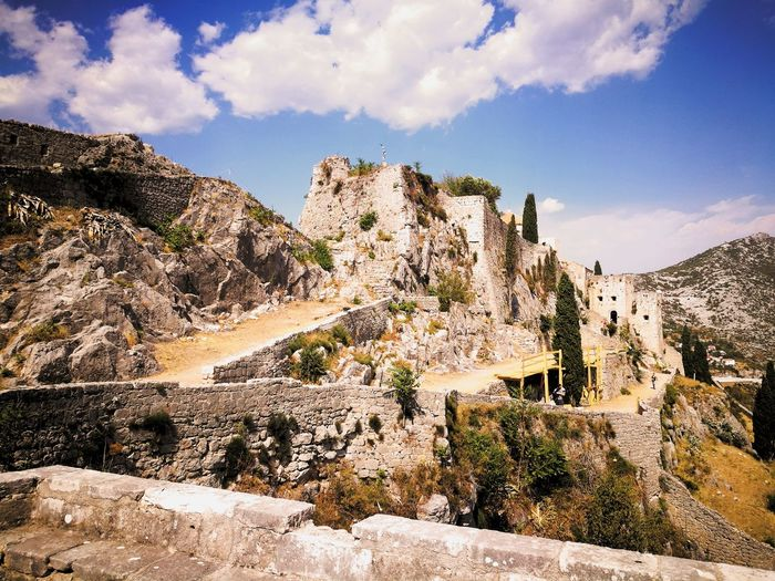 Cloud - Sky Rock - Object Outdoors Landscape Sky Day Nature No People Mountain Game Of Thrones Meereen Tvrdača Klis Ruins Croatia Split Medieval Medieval Architecture Medieval Castle Medieval Lovers