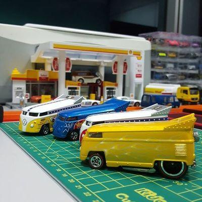 Perkumpulan bas kecil / small bus gathering HotWheels Hotwheelscollection Hotwheelscollector Diecast Hotwheelspics