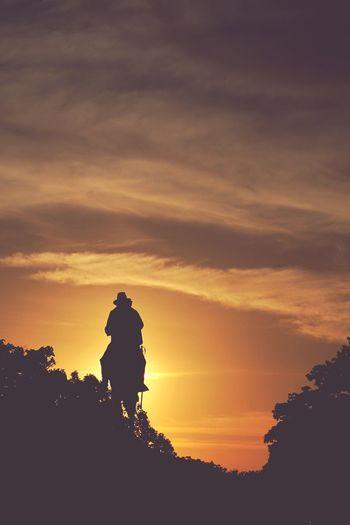 at dawn we ride Silhouette Dawn Sunrise Sunrise_Collection Sunrise Silhouette Sunrise And Clouds Sunrise - Dawn Dawn Of A New Day DawnWeeklyProject First Eyeem Photo