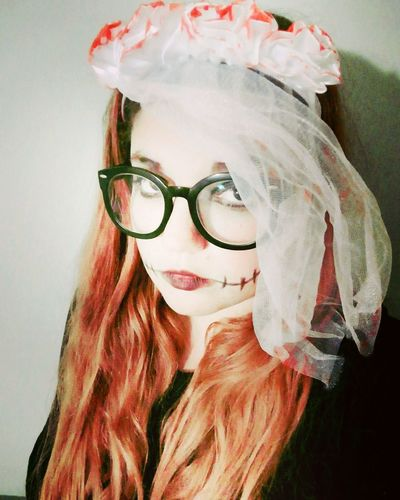 Young Women Clown Portrait Red Headshot Human Lips Red Lipstick Beautiful Woman Women Close-up Pink Hair Disguise Superhero Carnival Costume Dressing Up Trick Or Treat Eye Make-up Carnival - Celebration Event Mask - Disguise Lipstick Dyed Hair Wavy Hair Eyeshadow