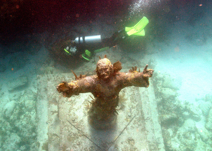 Christ Of The Abyss Key Largo USA USAtrip Day Lifestyles Nature Scuba Diver Scuba Diving Swimming UnderSea Underwater Water
