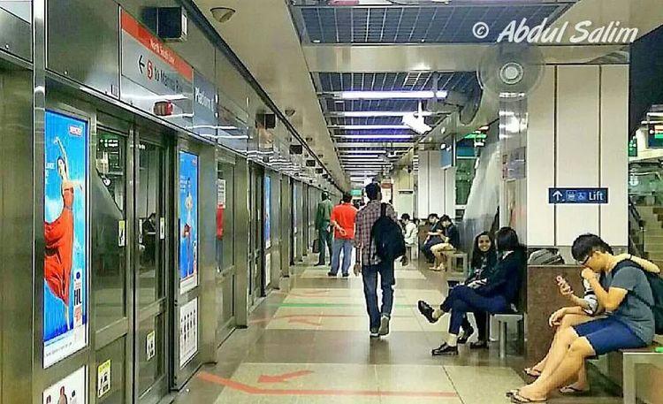 Subway Platform OppoFind7a Oppofanview Opposcope