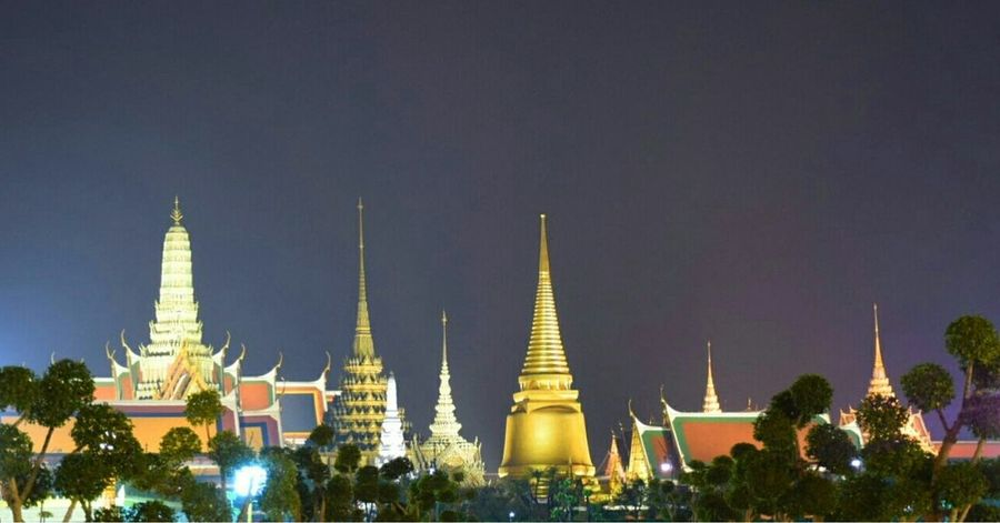Grand Palace and Temple Religion Ancient Pagoda Night Architecture Beauty Tourism Travel Arts Culture And Entertainment Landscape Nature Temple Grand Palace Bangkok Thailand Wat Phra Kaew Sanam Luang Bangkok Nightphotography Night Photography Places To Visit Place Travel Destinations Sky City
