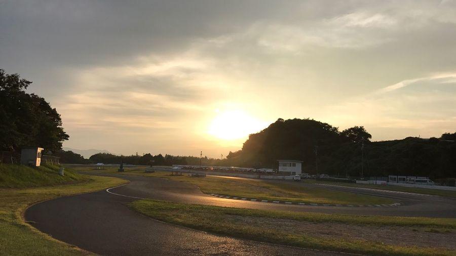 ファインダー越しの私の世界 Sunset Sky No People Day Landscape 写真好きな人と繋がりたい サーキット Circuit Roadcourse