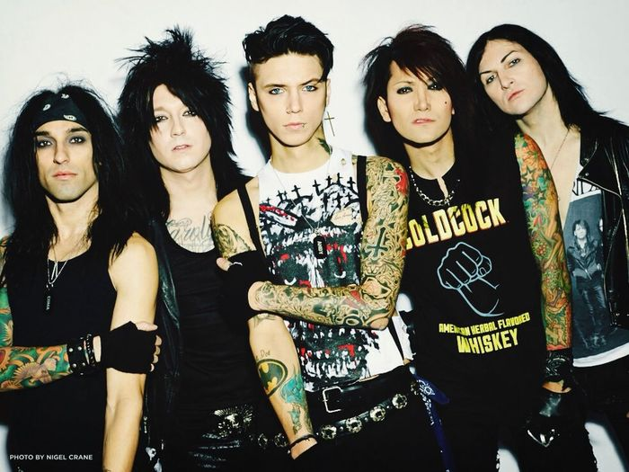 My Favorite Band💛 Black Veil Brides <3  They're So Hot!💛💛 lovetheem!!???