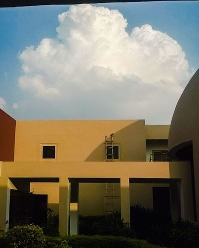 Architecture Sky Cloud Winters Colors Beautiful Sky Lonesurvivor Lines Blue Yellow Jkk Architecturelovers Cloudchaser Clouds Beauty Light Cloudporn Photooftheday Skyline Skylovers Skypainters Day Red Iphonesia mothernature vsco vscogram beautifuljaipur jaipurcityblog