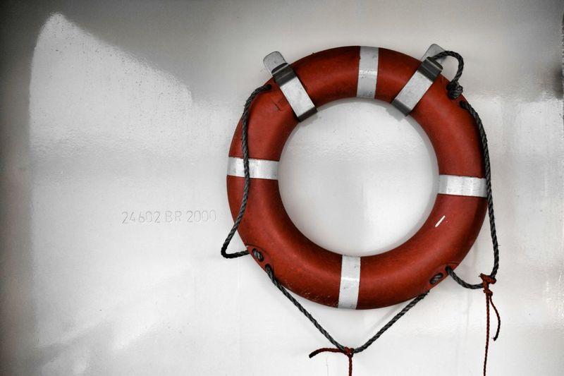 Nautical.. Ignederland Ignetherlands Dutch Nikon Nautical Sailer Navy Sea Ocean River Lifebuoy Sailboat Rope White Boating Maritime Boats⛵️ Water Lake Ship Harbour Hello World Follow4follow Bateau Nikond3300