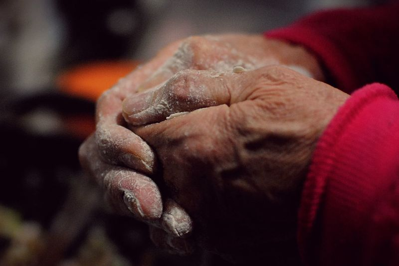 It's Lunar New Year. Mom makes dumplings for the family. Her hands are covered with wrinkles and flour. Mom is getting old and hope her happy and happiness everyday! Family Time Mommy Family Love Eye4photography  Popular Photos Festival Love Is In The Air Time Good Times Women Who Inspire You Colour Of Life