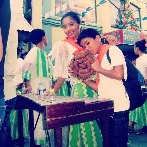 Trowback with my bestfriend :') during VivaViganLongganisaFestival2012