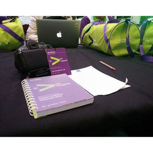 Picture picture muna. Hindi pa kasi nagiistart. :)) AccentureSLC2014