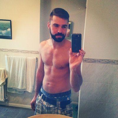 Approaching 4 months Gym Gymfit Muscle Muscleuk beard Beardedguy gay beardedgay otter