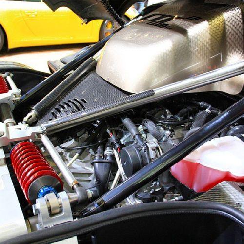 The Porsche Ruf  CTR3 undressed.