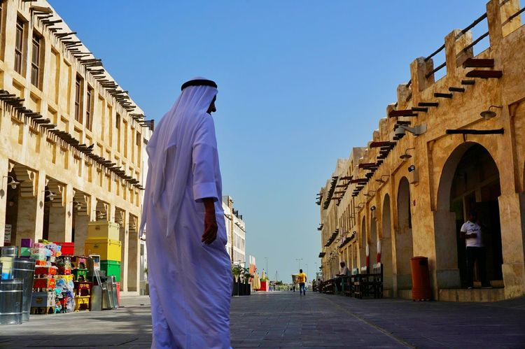 Eyeem Philippines Sony A6000 A6000photography A6000 Sony Alpha Doha,Qatar Qatar Eyeem Photography Eyeem Instagram City Arab Arabic Style Souk Waqif Architecture Travel Destinations One Man Only Arch Built Structure Architectural Column People One Person Men Day Outdoors Sky