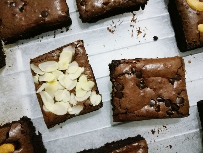 Brownies Dark Chocolate Almond Chocolate Chip Sweet Dessert Bakery Yummy Love Chocolate Homemade Bakery Products