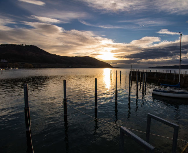 Sonnenaufgang am Bodensee GERMANY🇩🇪DEUTSCHERLAND@ Bodensee Cloud Forest Nature Wintertime Cold Lake Silent Nature Water Sea Mountain Harbor Sunset Sky Landscape Pier Mast Boat