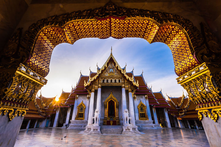 sunrise iat white temple bangkok thailand Temple Golden Morning Sun Star City Gold Statue Place Of Worship Ancient Religion History Architecture Arch Archway