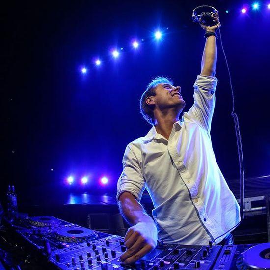 ArminVanBurren Dj Clubs Like4like Instamood Best  DJ Love you @arminvanbuurenofficial Armadamusic
