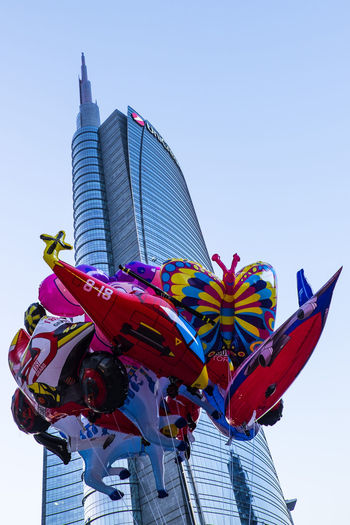 Balloons #milanophotorace #the Color Of Life Architecture Art Building Exterior Colorful Outdoors Skyscraper