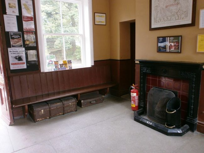 #FirePlace Cases Old Station Waitingroom