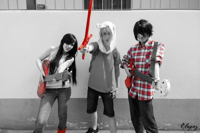 Red is blood, red is life <3 Adventure Time Cosplay. Adventure Time Cosplay Finn Marshall Lee Marceline Hora De Aventura Finnthehuman White And Red Cosplayer Vampire