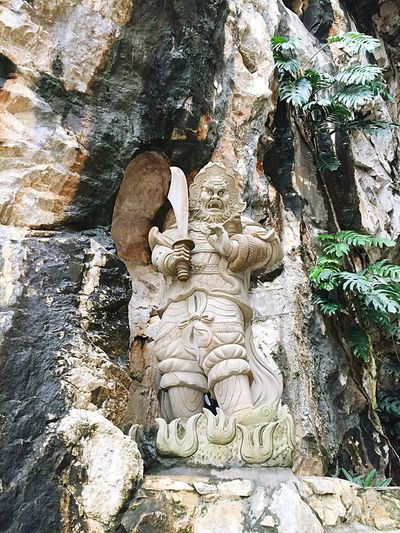 Human Representation Tree Trunk Statue Art Art And Craft Creativity Day Outdoors Stone Material Historic Rock Formation History No People