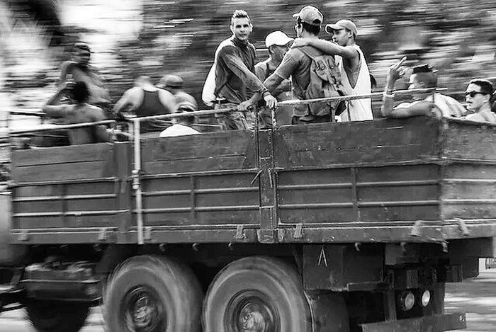 EyeEmNewHere Transportation Real People People Cuba Habana Cuba Collection Cuba Cuban Style Blackandwhite Photography Photography Cuban People Cubalibre