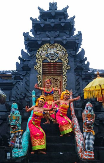 Balinese Traditional Clothes At Pura Prada Balinesegirl Balinese Young Man Balinese Culture Balinese Life Balinese Dancer Balinese Culture Fisherman Dance Multi Colored City Place Of Worship Religion Full Length Statue Architecture Building Exterior Traditional Festival Traditional Dancing